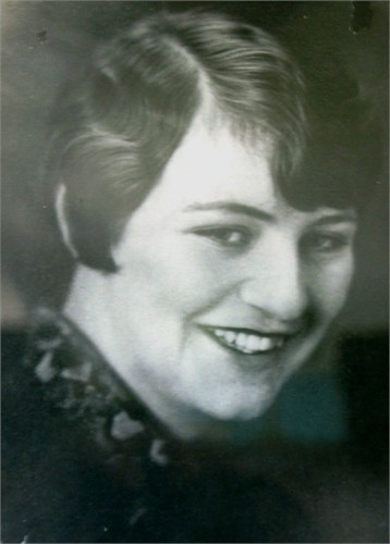 Avalyn Ruth (Miner) Halls 1920's Dinuba