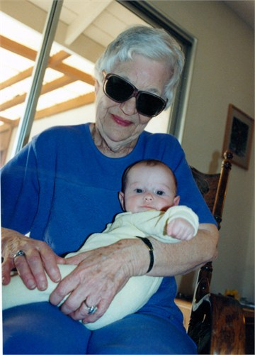 Bette and granddaughter Hayley 199 SLO