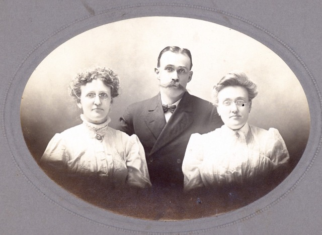 George Coleman and sisters Lillian and Effie