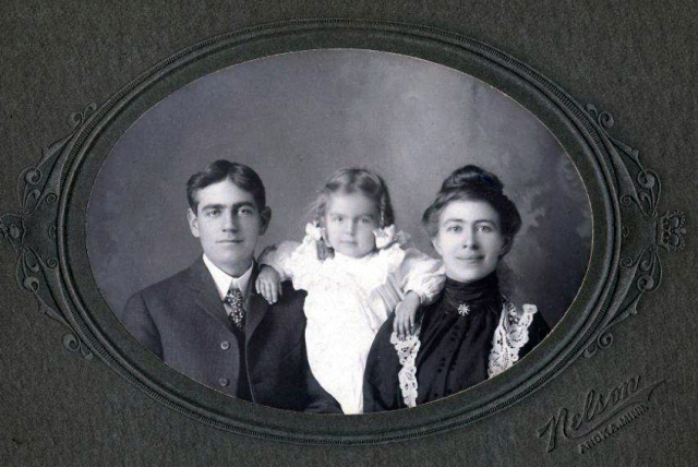 Shaw Family-Howard , Eleanor and Nellie - Thank you to Chuck Russell