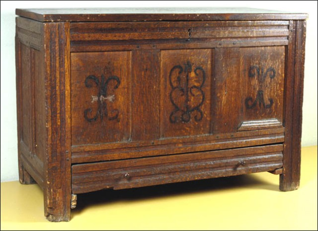 Morton Chest - Pilgrim Hall Museum