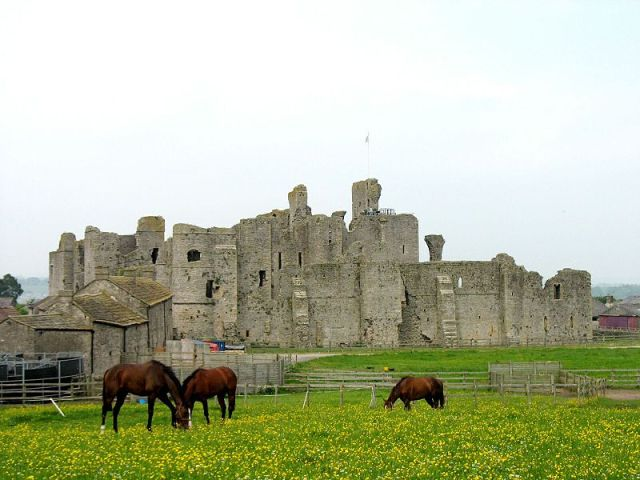 Middleham Castle