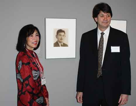 Karen and Ken Korematsu, children of Fred Korematsu at the National Portrait Gallery